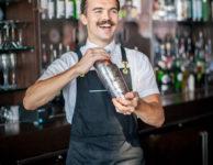 happy-bartender